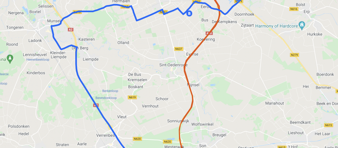 Screenshot of the map with alternative routes which is embedded below.